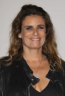 Regjizori Lisa Azuelos