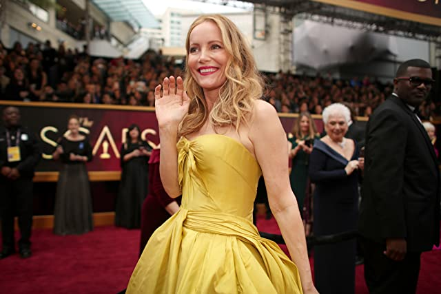Leslie Mann at an event for The 89th Annual Academy Awards (2017)