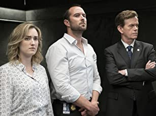 Dylan Baker, Ashley Johnson, and Sullivan Stapleton in Blindspot (2015)