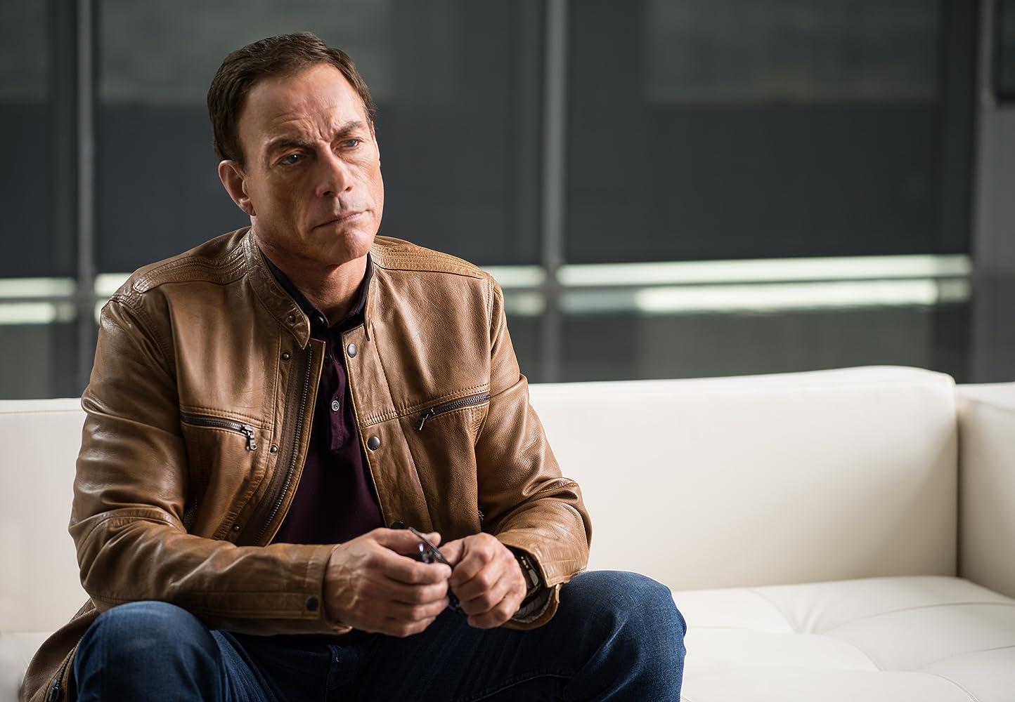 Jean-Claude Van Johnson S01E01 – Pilot, serial online subtitrat în limba Română