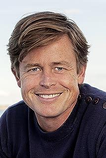 Caspar Phillipson Picture