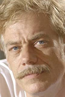 Aktori John Ennis
