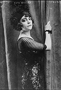 Asta Nielsen Picture