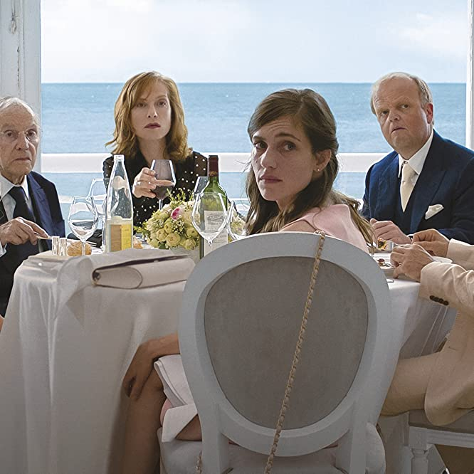 Isabelle Huppert, Toby Jones, Mathieu Kassovitz, Laura Verlinden, and Fantine Harduin in Happy End (2017)