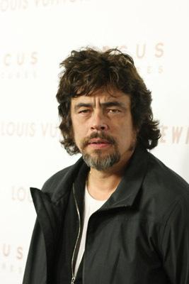 Benicio Del Toro at Somewhere (2010)
