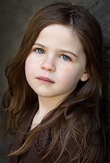 Aktori Elizabeth Alton