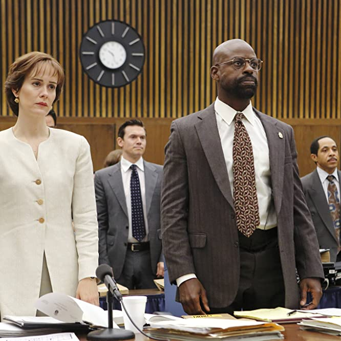 Dale Godboldo, Sarah Paulson, Sterling K. Brown, and Angel Parker in American Crime Story (2016)