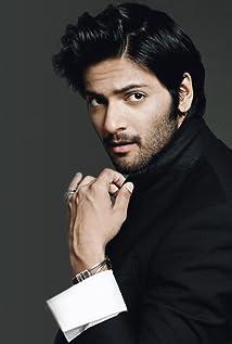 Aktori Ali Fazal