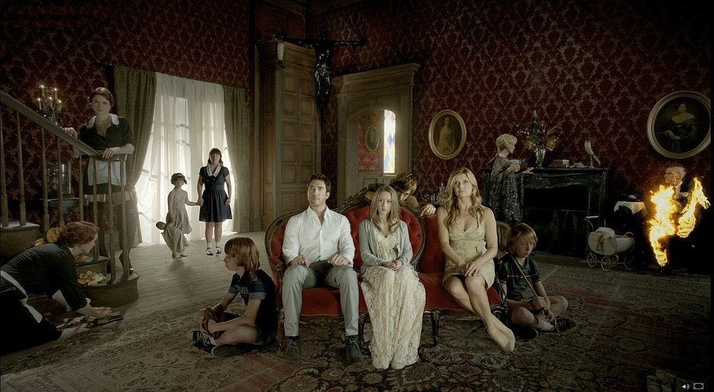 American Horror Story S07E01 – Election Night, serial online subtitrat în Română