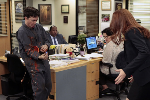 Phyllis Smith, Catherine Tate, Ed Helms, and Leslie David Baker in The Office (2005)