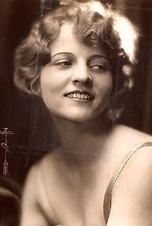 Mina Cunard Picture