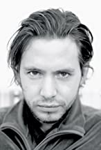 Aaron Stanford's primary photo