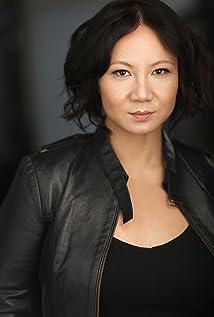 Aktori Sharon Crandall