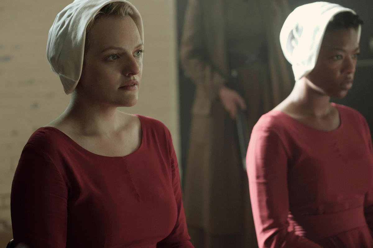 The Handmaid's Tale S01E03 – Late
