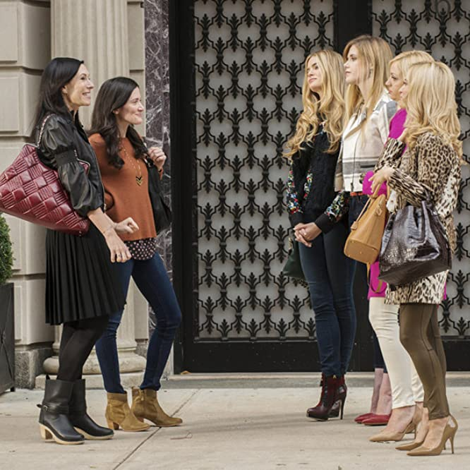 Jill Kargman, Abby Elliott, Ilana Becker, Byrdie Bell, Alice Callahan, and K.K. Glick in Odd Mom Out (2015)