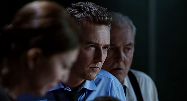 Edward Norton and Stacy Keach in The Bourne Legacy (2012)