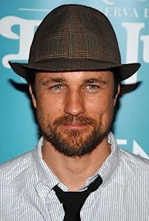 Aktori Martin Henderson