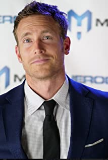 Aktori Tim Parrish