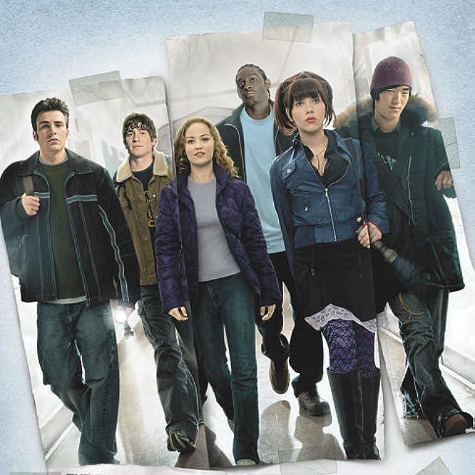 Erika Christensen, Chris Evans, Scarlett Johansson, Bryan Greenberg, Darius Miles, and Leonardo Nam in The Perfect Score (2004)