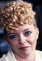 Sue Hodge's primary photo