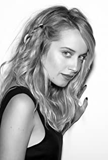 Megan Park New Picture - Celebrity Forum, News, Rumors, Gossip