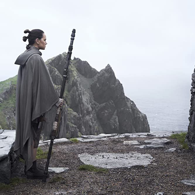 Mark Hamill and Daisy Ridley in Star Wars: Episode VIII - The Last Jedi (2017)
