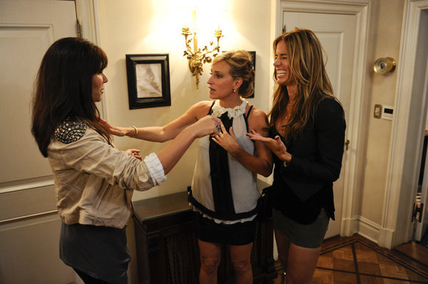 Sonja Morgan, Kelly Bensimon, and Cindy Barshop in The Real Housewives of New York City (2008)