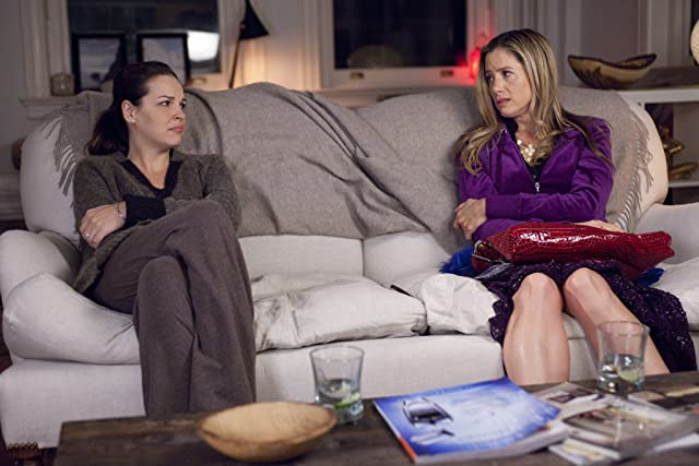 Mira Sorvino and Tammy Blanchard in Union Square (2011)