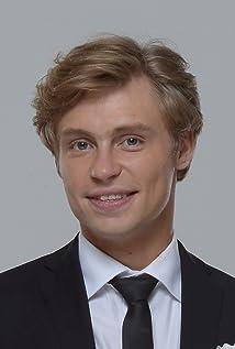 Aktori Aleksandr Golovin
