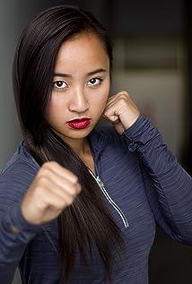 Aktori Jennifer Li