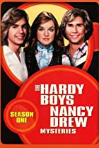 Image of The Hardy Boys/Nancy Drew Mysteries: The Creatures Who Came on Sunday