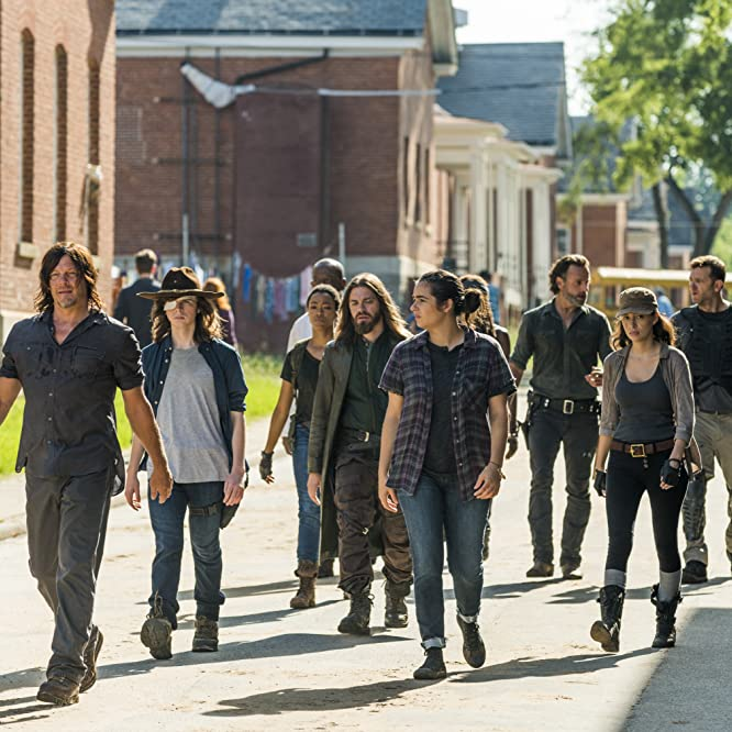 Norman Reedus, Lennie James, Andrew Lincoln, Karl Makinen, Alanna Masterson, Christian Serratos, Danai Gurira, Tom Payne, Sonequa Martin-Green, and Chandler Riggs in The Walking Dead (2010)