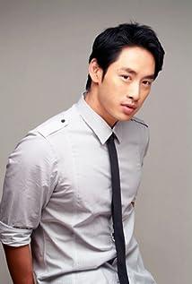 Aktori Sze-Ming Lu