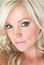 Laura Hart's primary photo