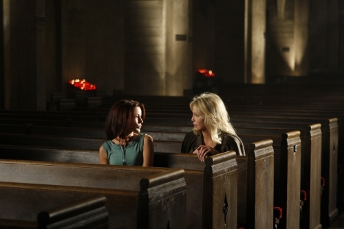 Heather Locklear and Laura Leighton in Melrose Place (2009)