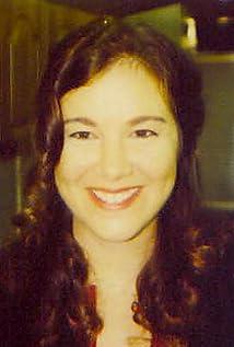 Cami Winikoff Picture