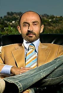 Aktori Shaun Toub