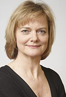 Sarah Woodward Picture
