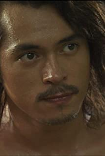 Jake Cuenca Picture