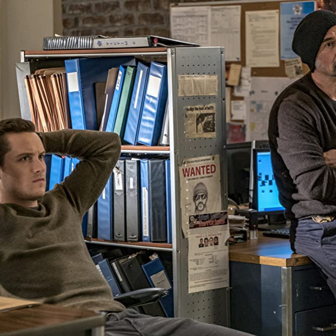 Elias Koteas and Jesse Lee Soffer in Chicago P.D. (2014)