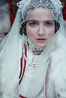 Aktori Mariya Poezzhaeva