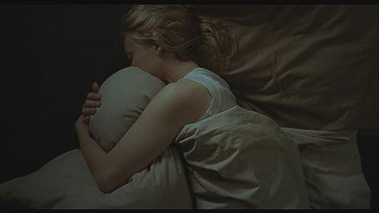 Sleepover vender sig til lesbisk sex