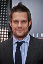 Image of Geoff Stults