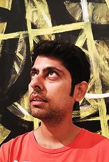 Aktori Varun Grover
