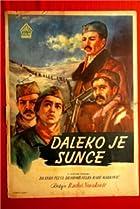 Image of Daleko je sunce