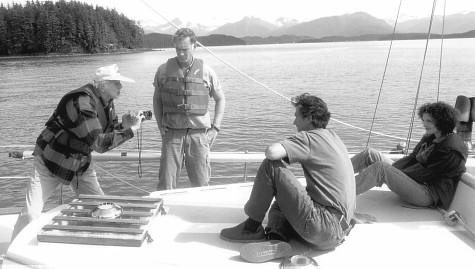 John Sayles, David Strathairn, Mary Elizabeth Mastrantonio, and Haskell Wexler in Limbo (1999)