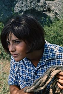 Aktori Natalya Varley