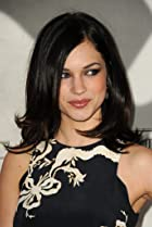 Image of Alexis Knapp