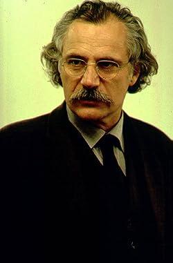 ネコルヴィッチ博士「すべての英雄に必要なものがある。悪役だ」