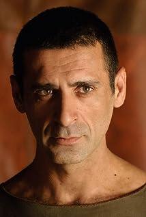 Aktori Nacho Fresneda